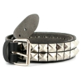 Studded Belt Pyramid black